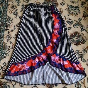 Dresses & Skirts - Striped Maxi Slight hi-lo Floral Ruffle Skirt